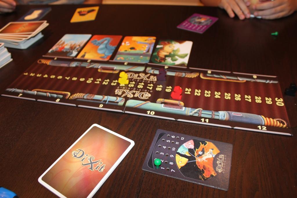 Dixit Odyssey Gameplay