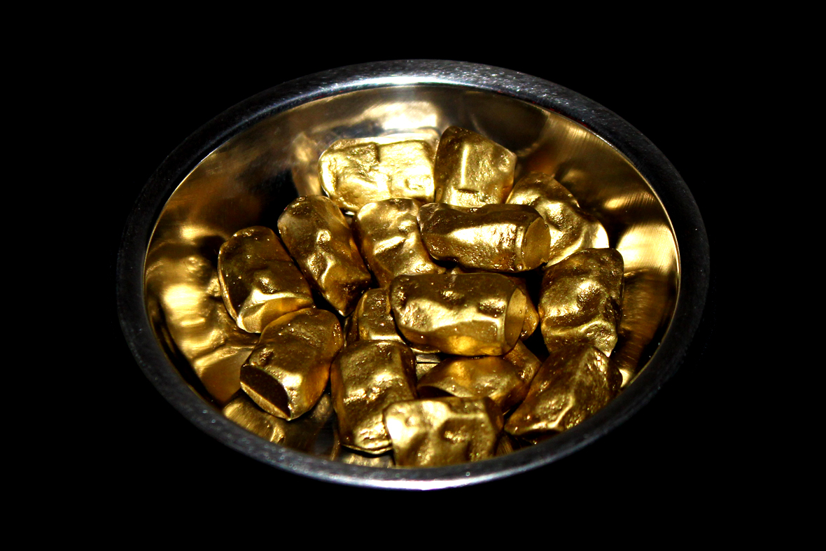 Gold Nugs